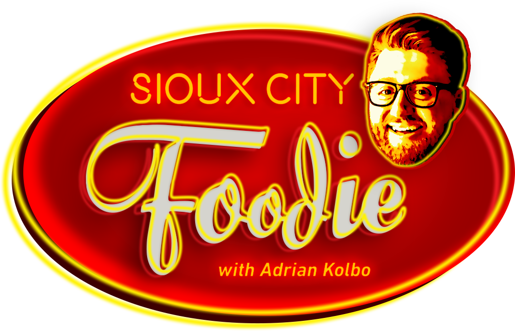 Sioux City Foodie Logo-smiling