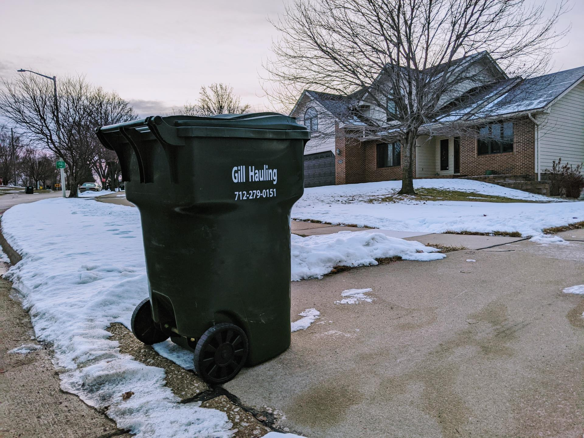 Winter garbage can